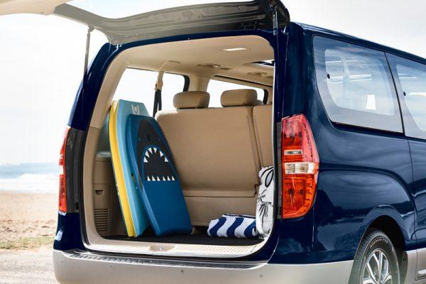 Lift back style rear door.